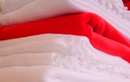 Пледы и полотенца