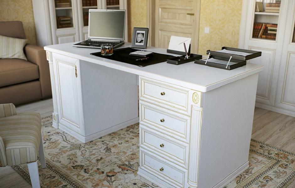 На фото Чиновники покупают стол за 500 000 рублей! изображение