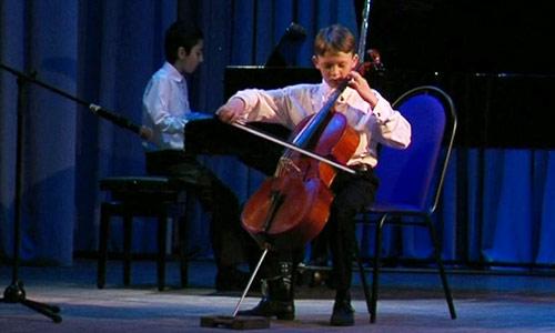 На фото В ОДЦ «Октябрь» прошёл отчетный концерт учащихся музыкальной школы №1 изображение