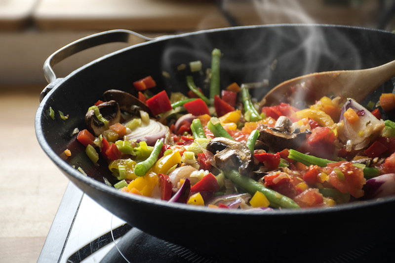 steaming-mixed-vegetables-in-the-wok-asian-style-cooking-vegetarian-and-healthy-selected-focus-narrow-depth-of-field
