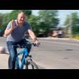 Михаил Токарев на работу приехал на велосипеде