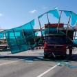 Грузовик снёс мост перекрыв Ярославку