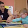 Уникальные тактильные книги подарили малышам Сергиева Посада с нарушениями зрения
