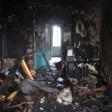 Два человека погибли при пожаре в общежитии в Пересвете