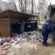 «Дикси» ответил на претензии жителей, а мусоровоз едва не перевернулся
