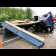 На Старой Ярославке столкнулись грузовик и легковушка