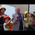 Дети радовались радуге вместе с композитором Владимиром Михайловым