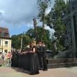 Патриарх и сергиевопосадцы открыли памятник и музей Флоренского