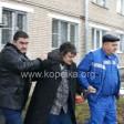 Полицейские задержали неадеквата с оружием
