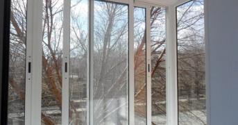 1456924387_10-osteklenie-balkonov