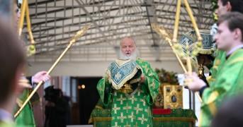 Патриаршее служение в день памяти прп Сергия в Троице-Сергиевой лавре