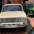 Ретроавтомобиль рядом с Музеем советского детства в Сергиевом Посаде снова повредили