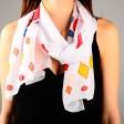 Правильно подобранный шарф – показатель стильной натуры: как не ошибиться с покупкой?