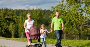 family-walking-outdoors_taxvak