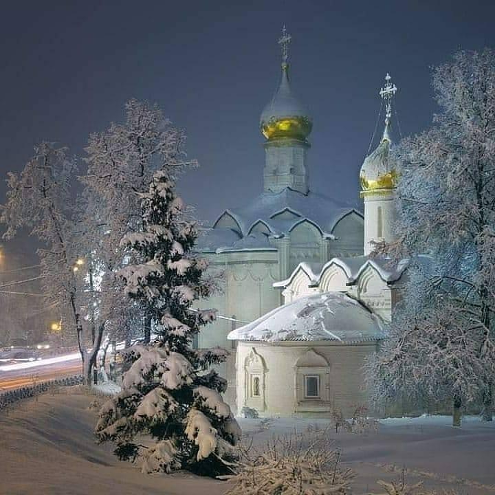 Пятницкая и Введенская церкви