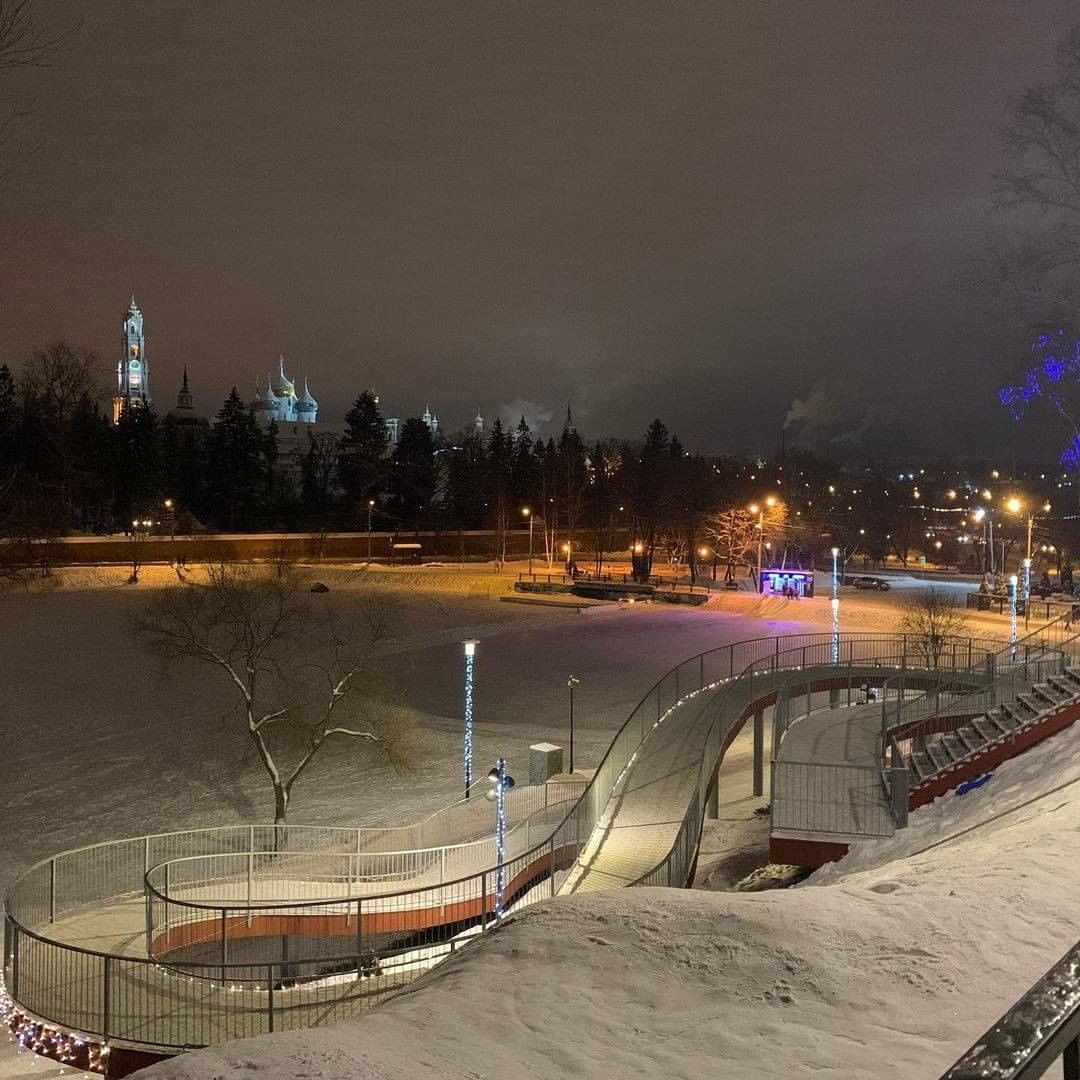 Зимний вечер на Келарской набережной.