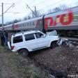 УАЗ попал под поезд в Сергиевом Посаде